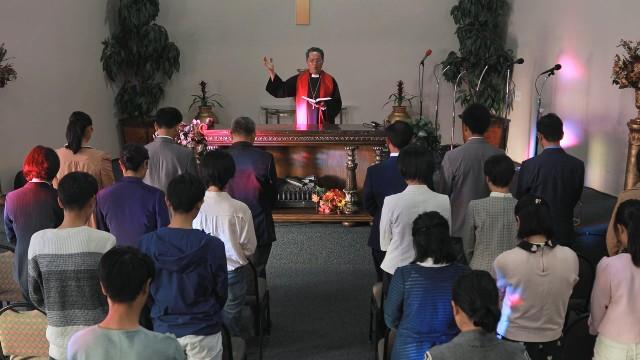 Parole del Vangelo: come fanno i cristiani ad adorare Dio in spirito e verità?