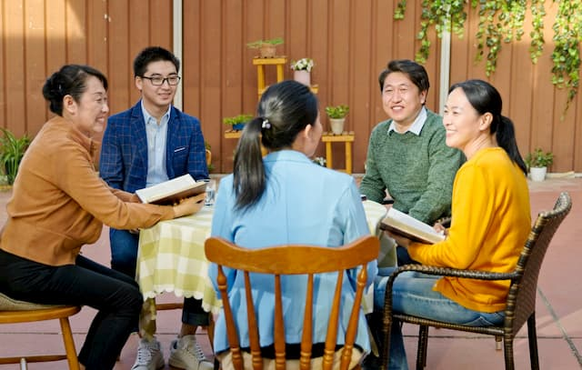 È di vitale importanza per i cristiani partecipare regolarmente alle riunioni