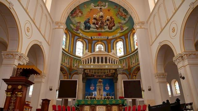 Il ritorno di una cattolica di 67 anni