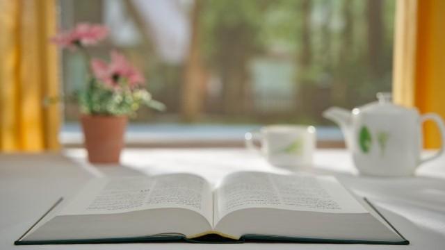 Ci sono le parole e l'opera di Dio oltre la Bibbia